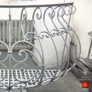 грунт цинк WS-Plast для кованого балкона